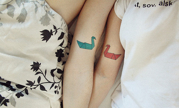 tumblr m4ib17pJb31r3dwhko1 500 large #tattoofriday   Origami Tattoos