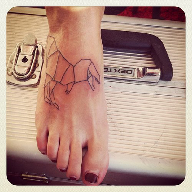 tumblr mddch10SEd1r5ss42o1 500 #tattoofriday   Origami Tattoos