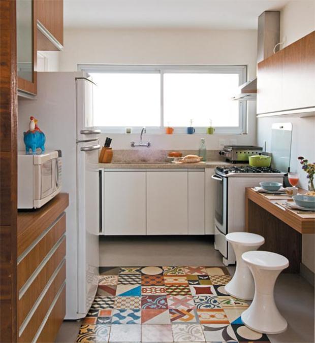 Que tal decorar a sua casa com ladrilho hidr ulico - Frentes de cocina baratos ...
