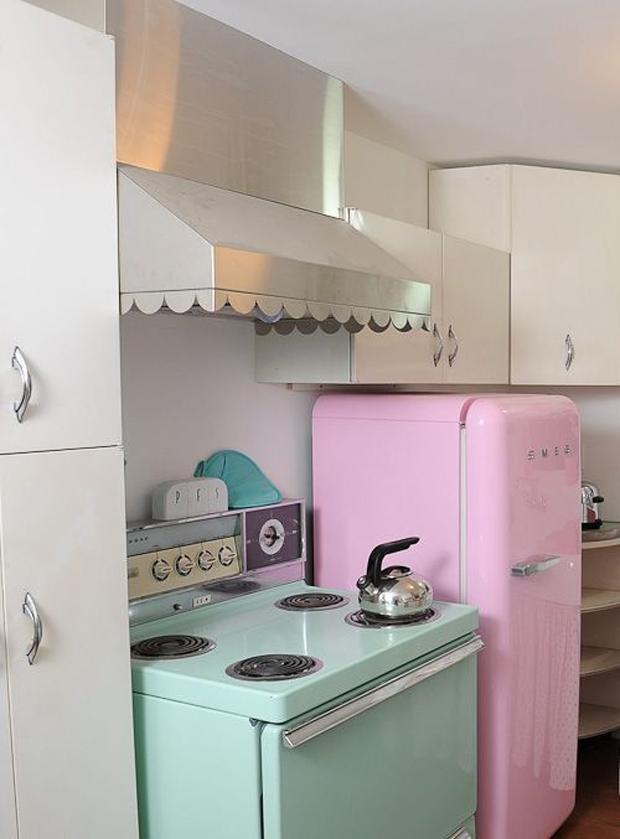 followthecolours-colour-kitchen-01