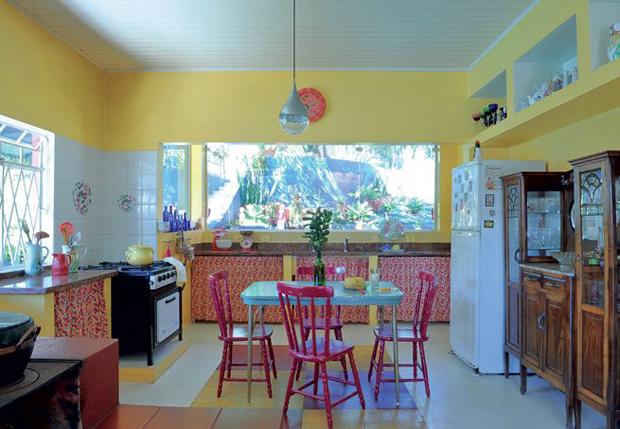 followthecolours-colour-kitchen-09