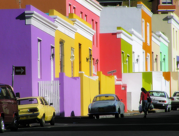 follow the colours Bo Kaap Cape Town South Africa 7 Para conhecer: 10 Lugares Super Coloridos no Mundo