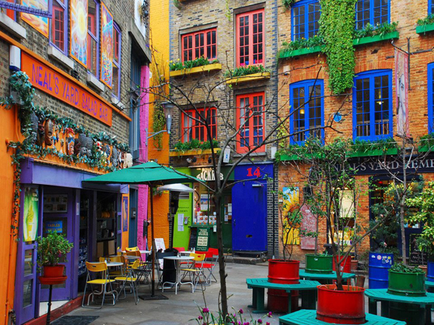 followthecolours neils yard london Para conhecer: 10 Lugares Super Coloridos no Mundo