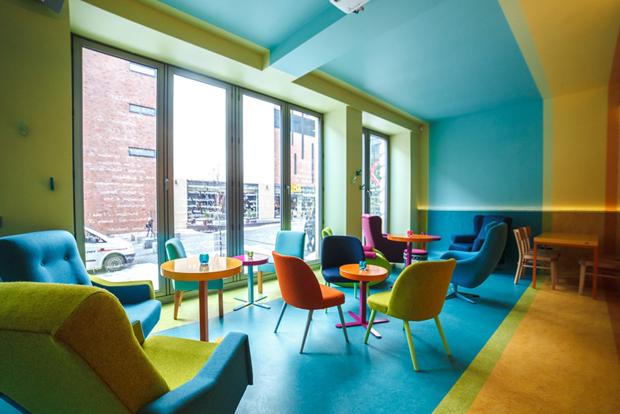 follow the colours cafe in 08 Cafein, um café pra lá de colorido na Polônia!