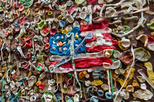follow the colours seattle gum wall 06 Seattle tem parede colorida por muitos chicletes