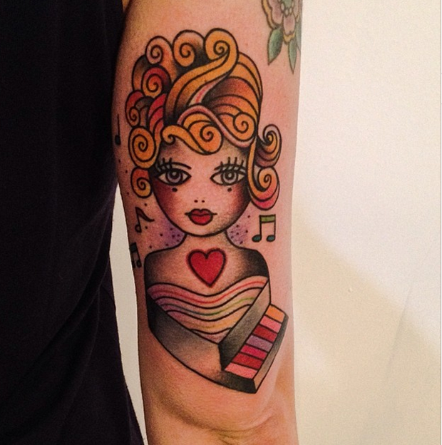follow the colours tattoo friday amanda toy 18 #tattoofriday   Amanda Toy