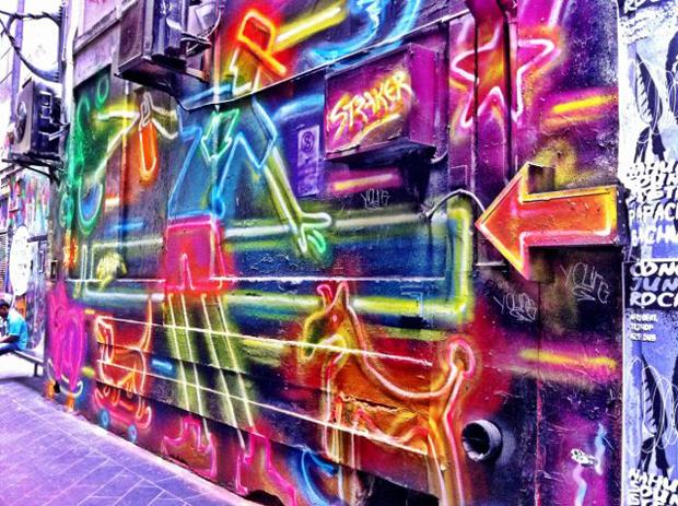 follow-the-colours-best-cities-to-see-street-art-melbourne-velvet-escape