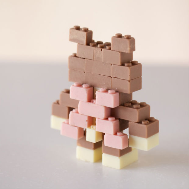 follow-the-colours-chocolate-lego-04