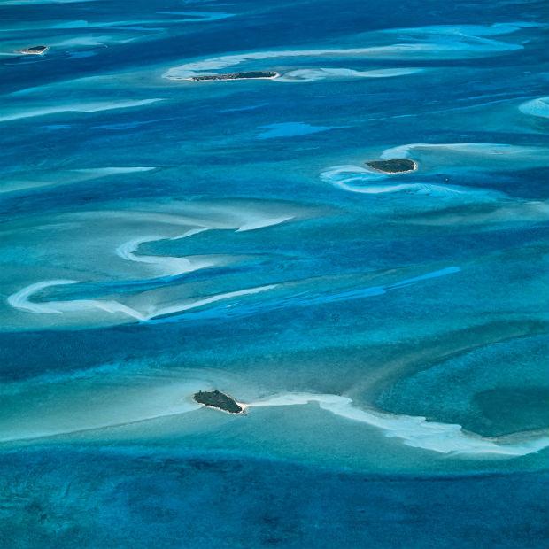 follow-the-colours-Bernard-Edmaier-colours-of-the-earth-01