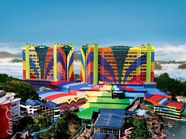 O maior e mais colorido hotel do mundo fica na Malásia!