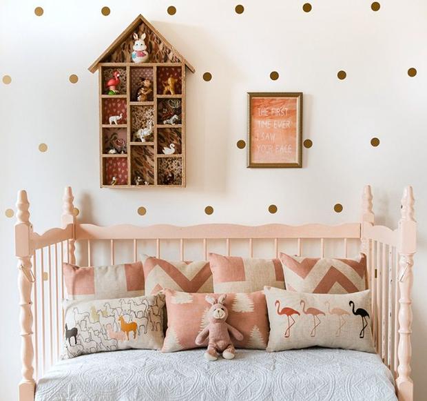follow-the-colours-parede-bolinhas-DIY-10
