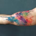 Paulo Victor Skaz: desenhos incríveis, muitas cores e aquarelas na pele
