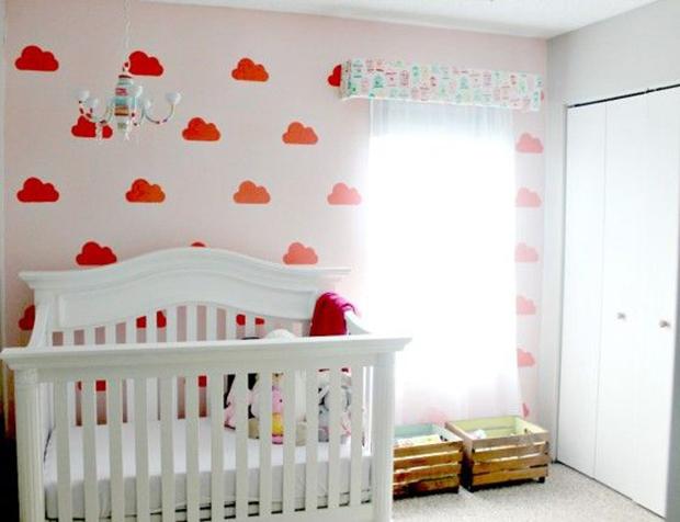 follow-the-colours-stencil-nuvem-parede-DIY-13