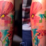 Lesha Lauz e seus sketchs na pele inspirados em pixels e glitchs