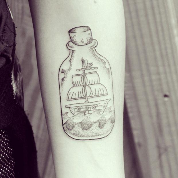 follow-the-colours-matheus-dias-tattoo-friday