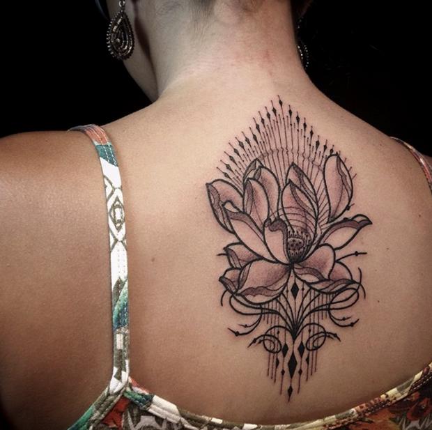 muito estilo nas tatuagens ornamentais de pedro contessoto