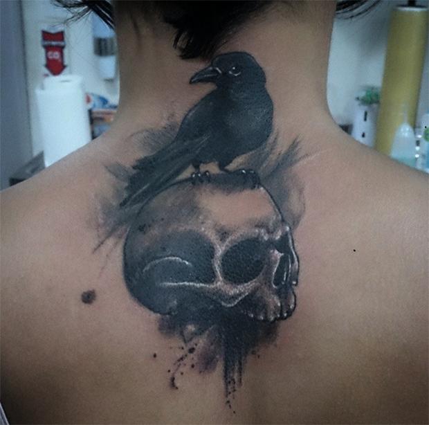 Foi fazer uma tatuagem 5