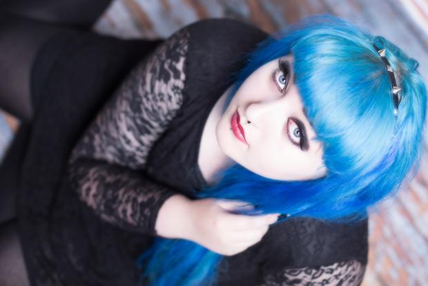 follow the colours azul cor cabelo shutterstock