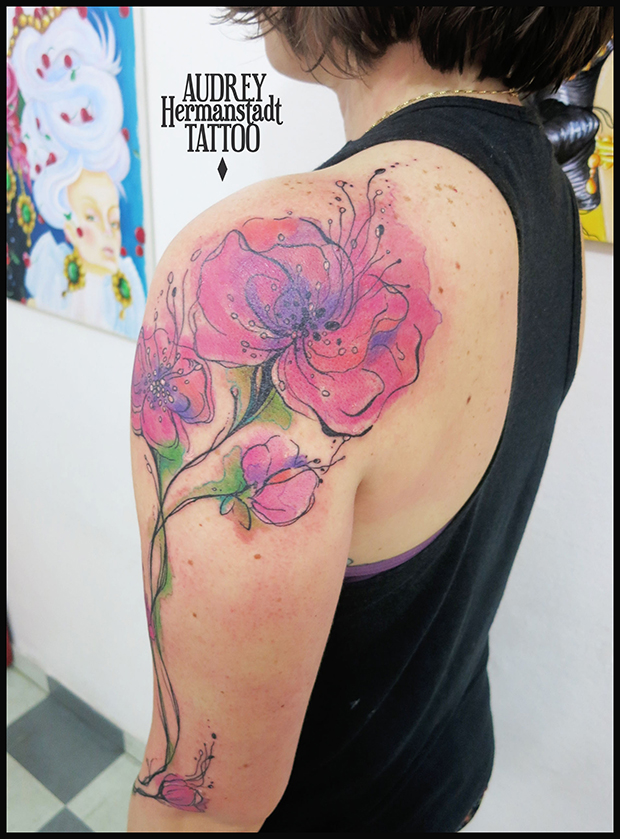 tattoo aquarela Audrey Hermanstadt flor