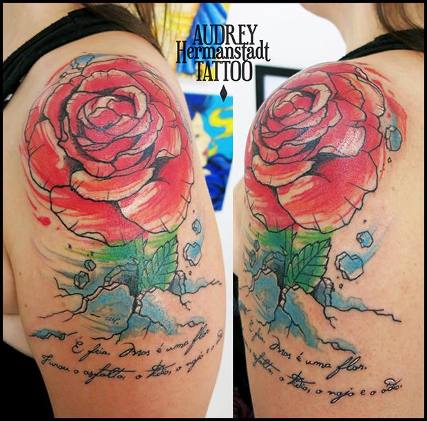 tattoo aquarela Audrey Hermanstadt rosa