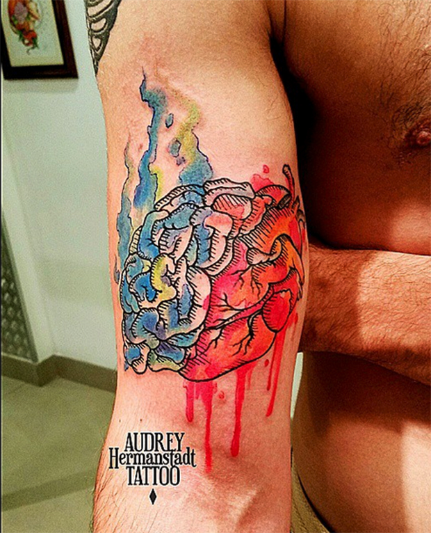 tattoo aquarela Audrey Hermanstadt cérebro