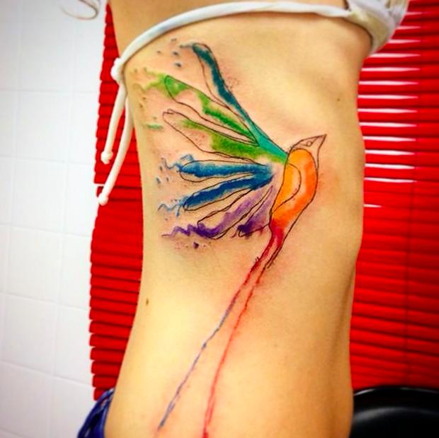 follow the colours tattoo friday LCjunior aquarela tesourinha