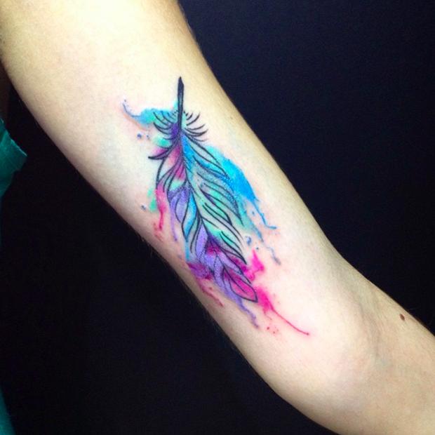follow the colours tattoo friday LCjunior aquarela pena