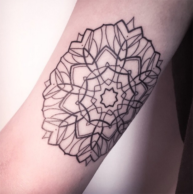 follow the colours tattoo friday Melina Wendlandt mandala
