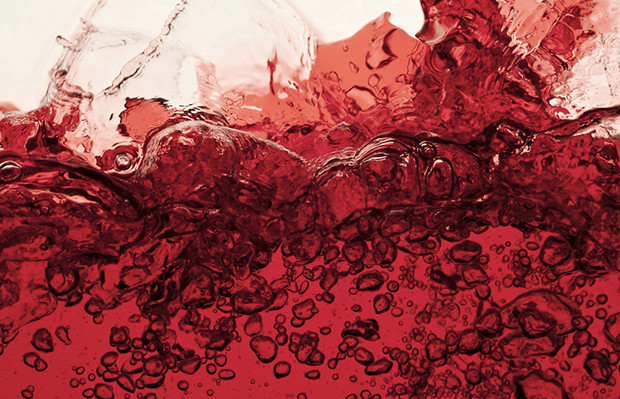 Vermelho cores líquido shutterstock_142432333
