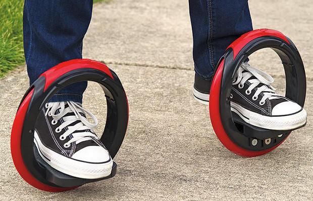 Hammacher Schlemmer Sidewinding Circular Skates
