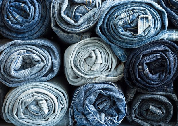 jeans índigo azul