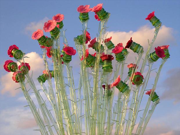 Garrafa PET Veronika Richterová rosas
