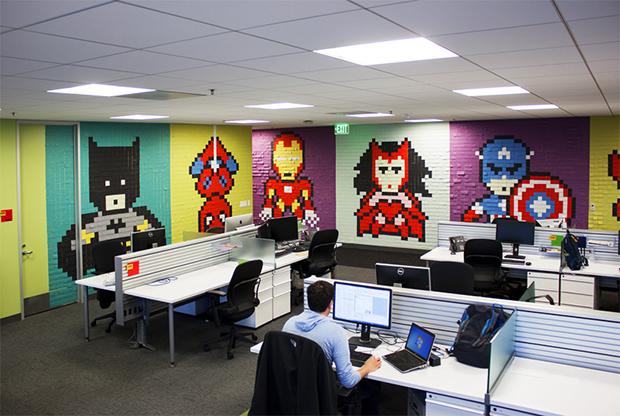 Post its super-heróis escritório Ben Brucker 04