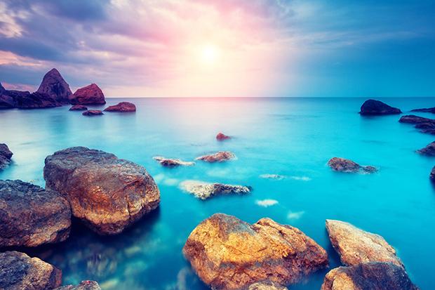 follow-the-colours-shutterstock-significado-cores-azul=mar