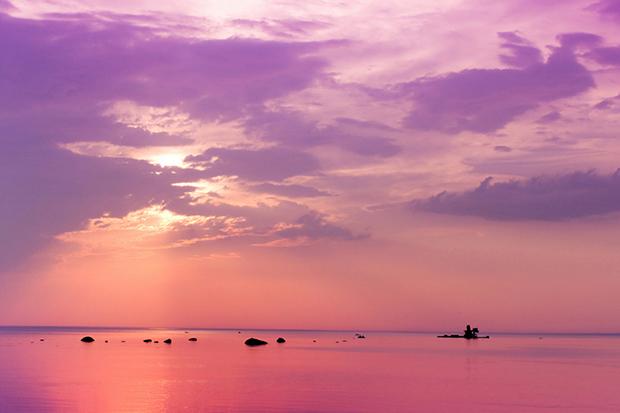 Shutterstock significado cores roxo céu