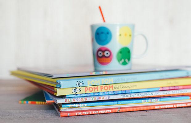 livros infantis coloridos lúdicos