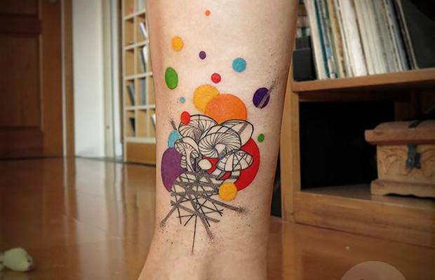 Tattoo tatuagens lan pravda cogumelos coloridos