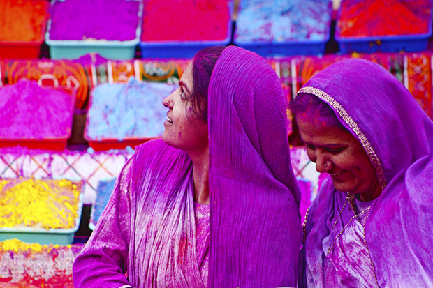 cores roxo lilás violeta significado curiosidades mulheres