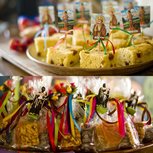 festa junina bolo santo antonio plaquinhas