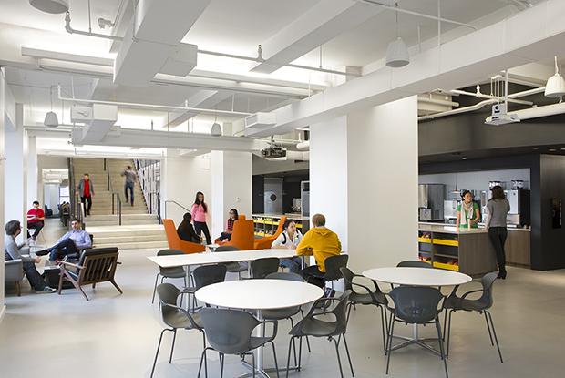 Escritório Shutterstock nyc headquarters café
