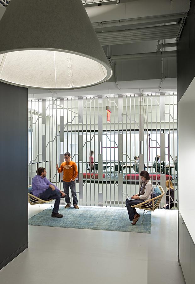 Escritório Shutterstock nyc headquarters escadas