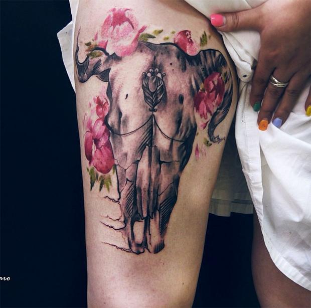 tattoo friday Pis Saro tattoo osso