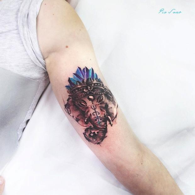 tattoo friday Pis Saro tattoo elefante