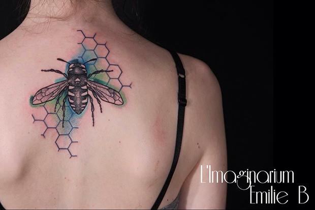 Émilie Barbera tattoo friday 12