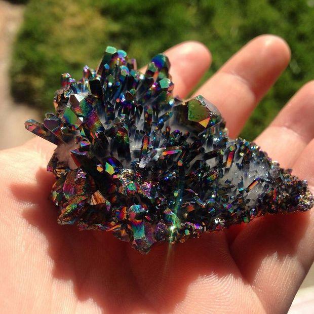 25 minerais deslumbrantes achados pela Terra que irão encantar seus olhos