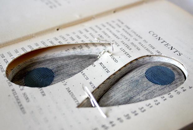 follow-the-colours-joias-feitas-camadas-paginas-livros-jemery-may-05