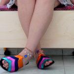 Aprenda a fazer uma sapateira super colorida a partir de uma gaveta!