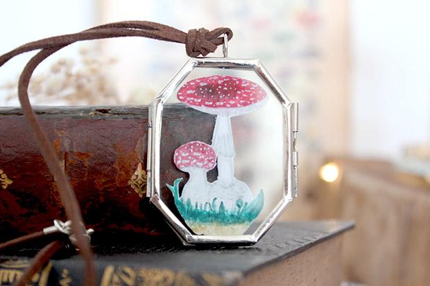 follow-the-colours-entrevista-zilah-rodrigues-toda-coisinha-universo-magico-acessorios-colar-vitral-cogumelo