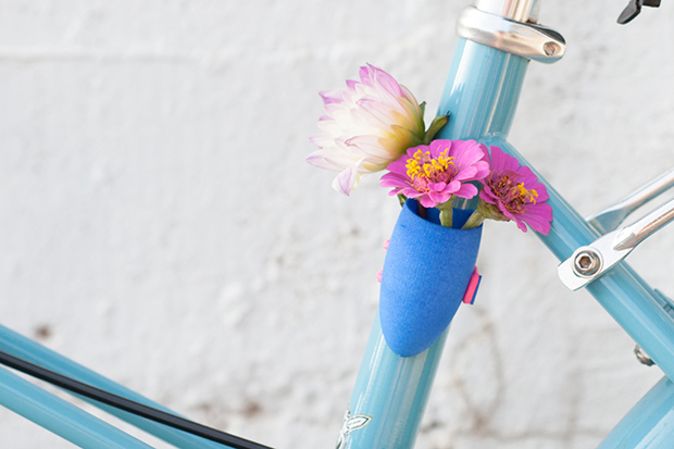 follow-the-colours-vasos-flor-3D-bicicletas-planter-wearable-Colleen-Jordan-06