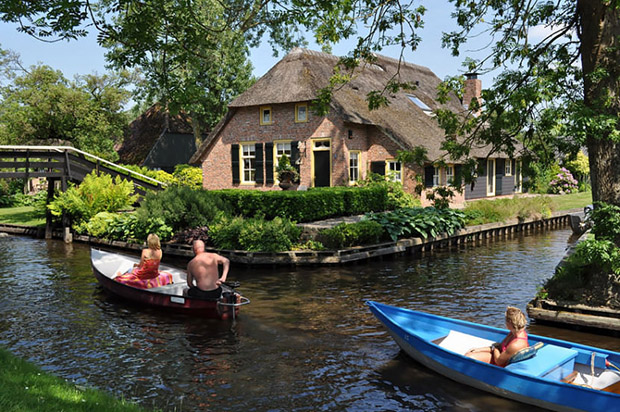 follow-the-colours-giethoorn-2